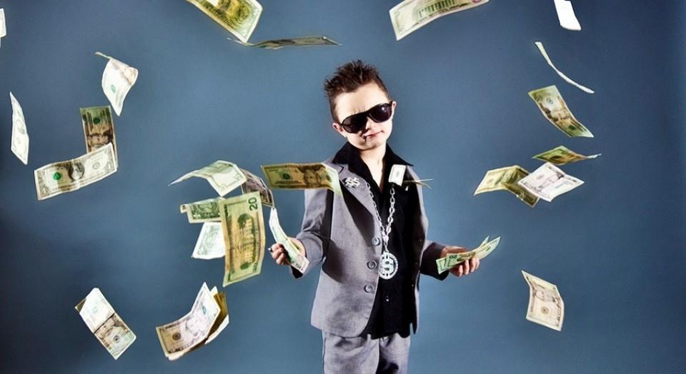 Un error del banco le hizo millonario, y gastó el dinero en ocio