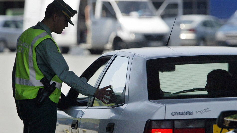 Este año habrán 25.000 controles de tráfico durante las fiestas